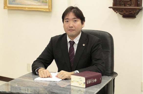 弁護士写真